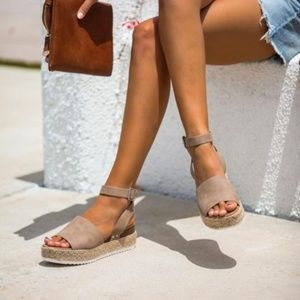 LAST NEW Natural Platform Espadrille Sandals